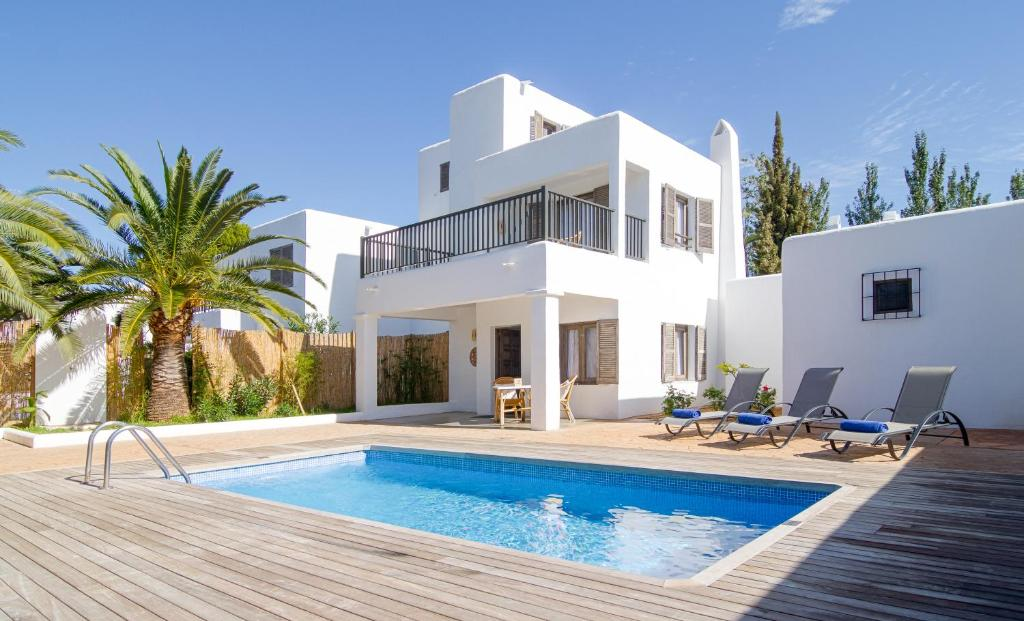 Villas SArgamassa, Santa Eularia des Riu – Updated 2019 Prices