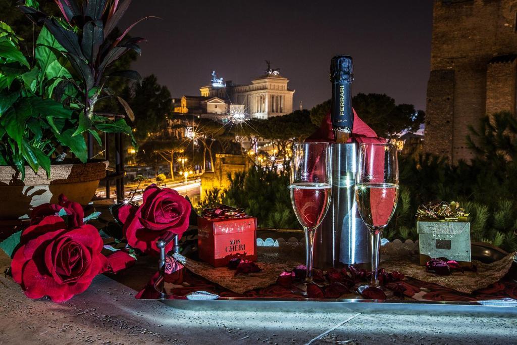Drinks at Hotel Romano