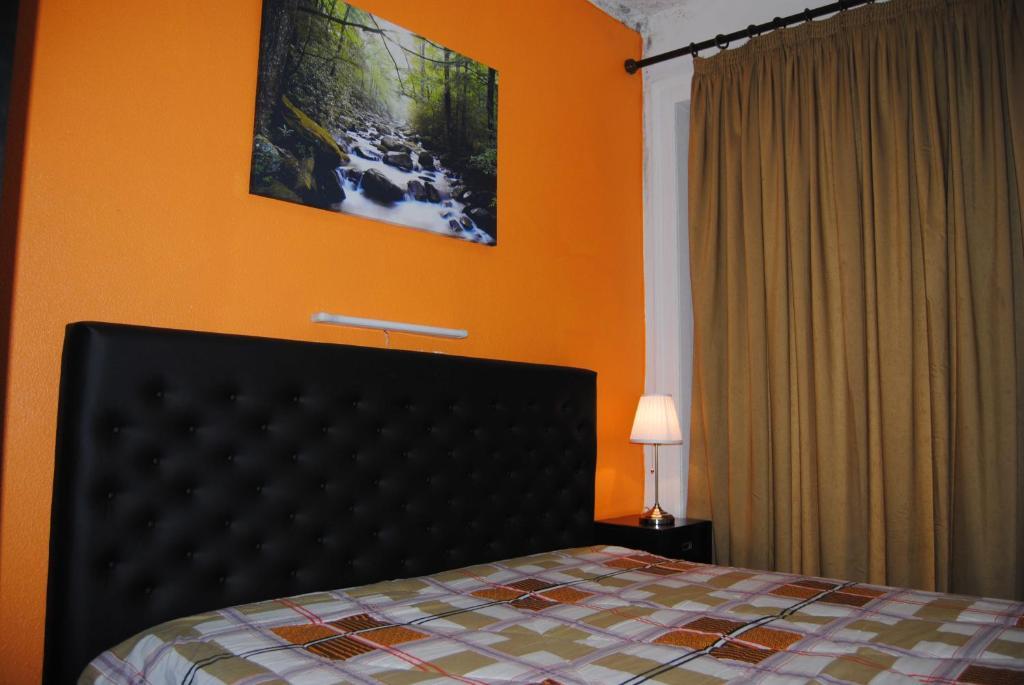 Un ou plusieurs lits dans un hébergement de l'établissement Pensao Beira Minho