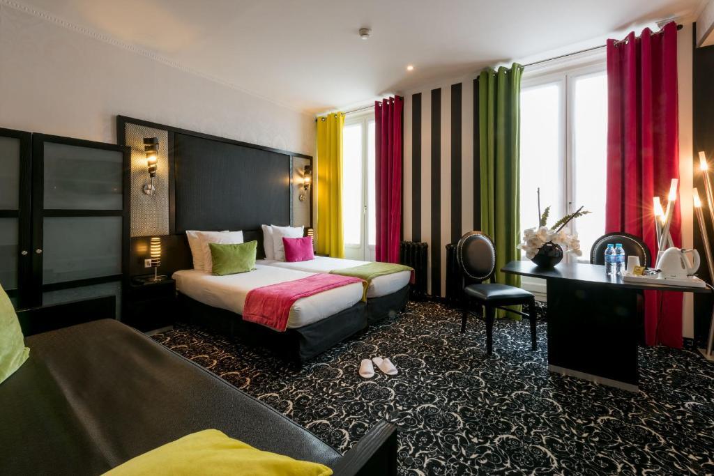 A room at Hotel Peyris Opera