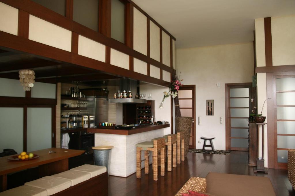 Lounge oder Bar in der Unterkunft HIP Home Panorama Apartment