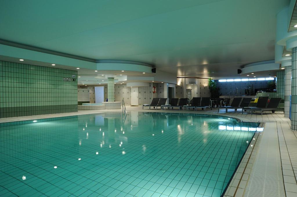 Der Swimmingpool an oder in der Nähe von Vayamundo Oostende - Apartments