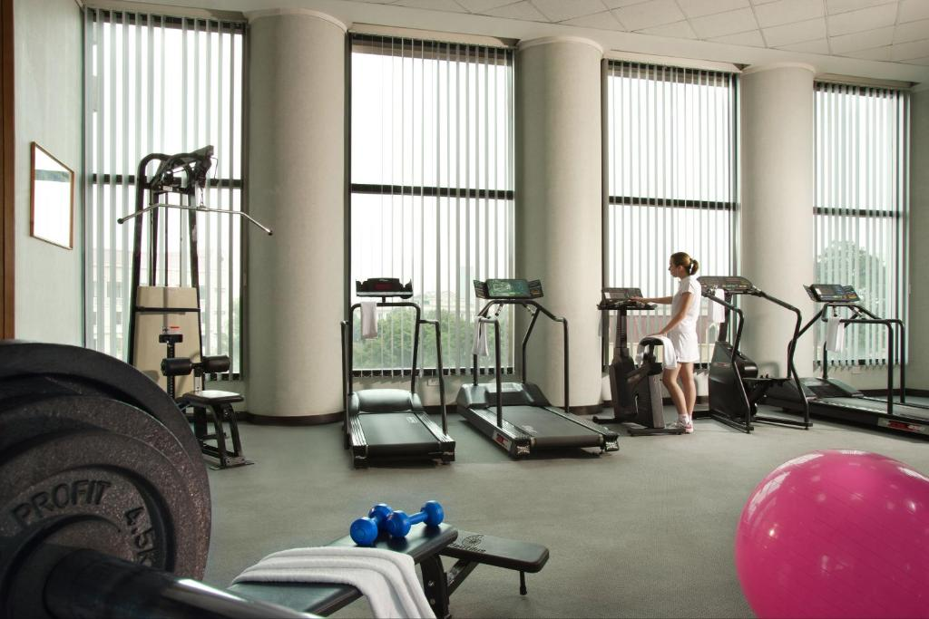 Phòng/tiện nghi tập thể dục tại Somerset Grand Hanoi