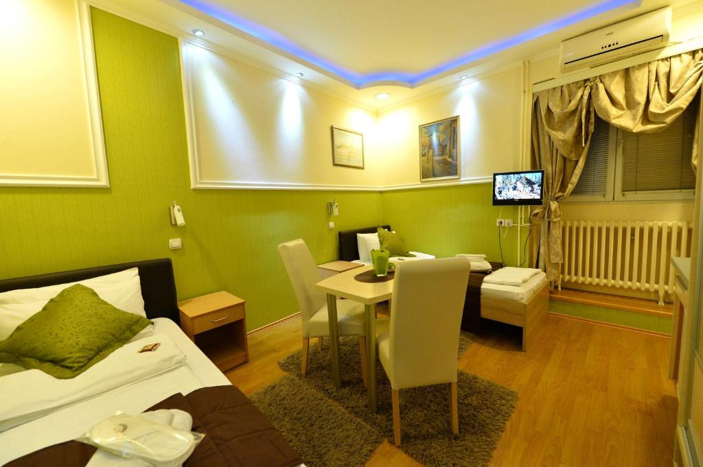 Guest Accommodation TAL Centar