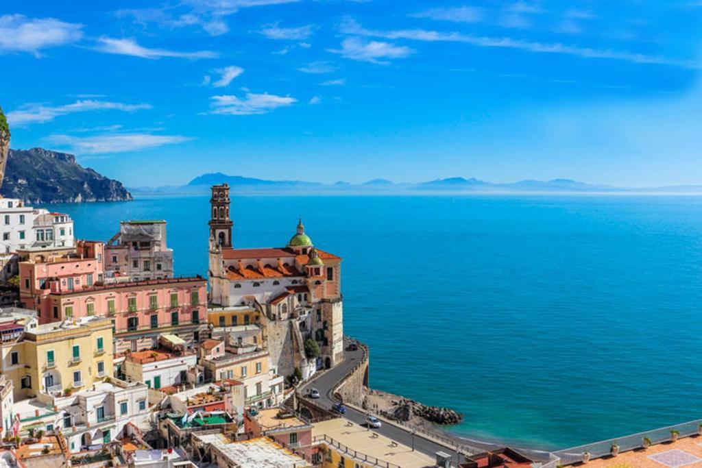 A bird's-eye view of Amalfi Antica