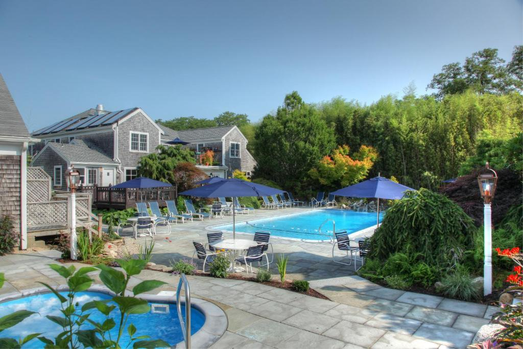 The swimming pool at or close to Pleasant Bay Village Resort