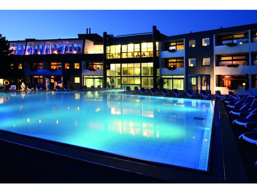 Der Swimmingpool an oder in der Nähe von Hotel des Nordens
