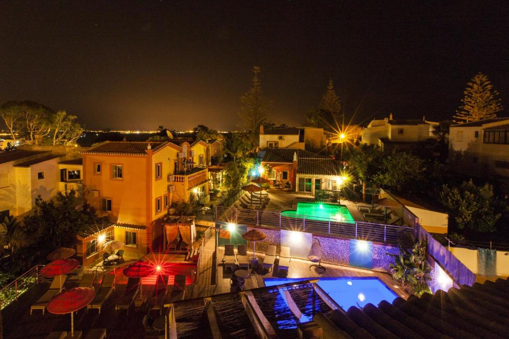 O vedere a piscinei de la sau din apropiere de Villas D. Dinis - Charming Residence (adults only)