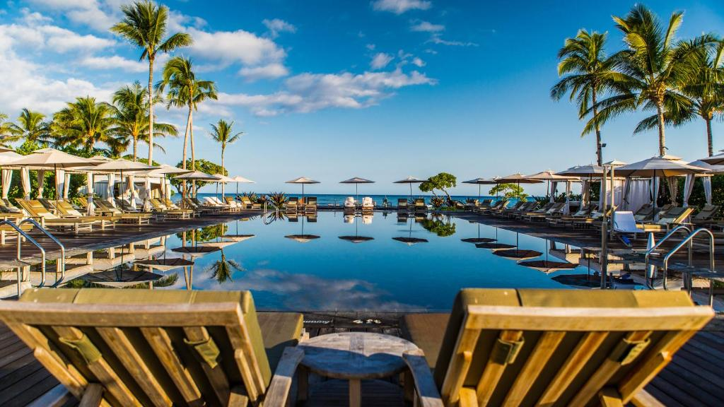 The swimming pool at or near Four Seasons Resort Hualalai