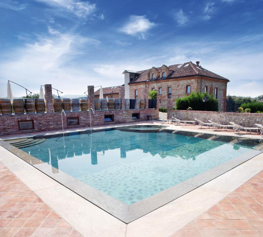 The swimming pool at or near Hotel Le Botti