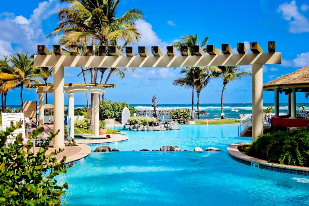 Resort Emby Suites Dorado Puerto