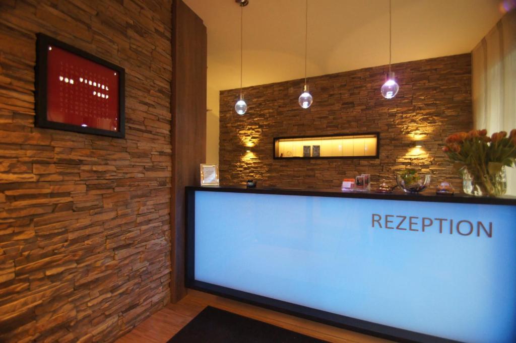 The lobby or reception area at Hotel Garni Deutsches Haus