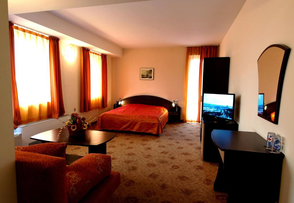 Hotel Akvaya