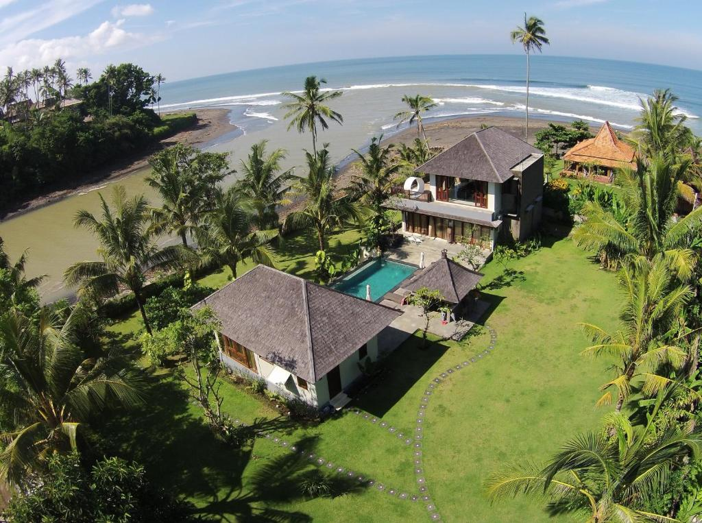 A bird's-eye view of Beach Villa Balian