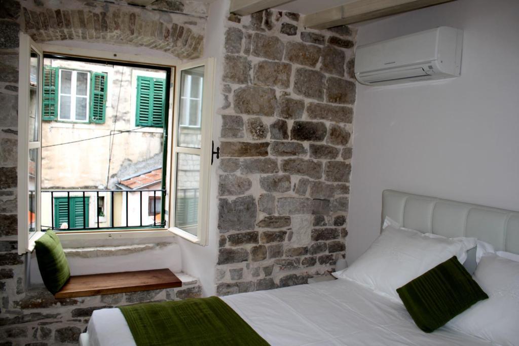 Luxury San Giovanni Apartment 2