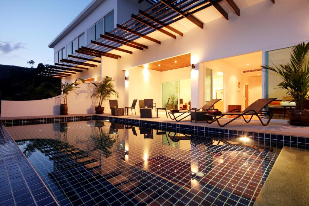The swimming pool at or near Kamala Luxury Seaview with Private Pool