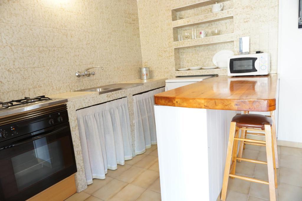 Astbury Apartments Es Calo Village, Es Caló, Spain