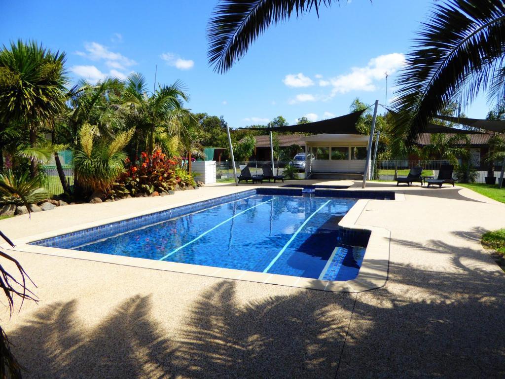 Der Swimmingpool an oder in der Nähe von Barwon Valley Lodge