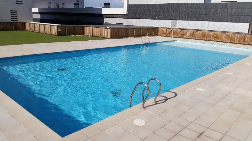 The swimming pool at or close to Apartment Airport Barcelona Premium