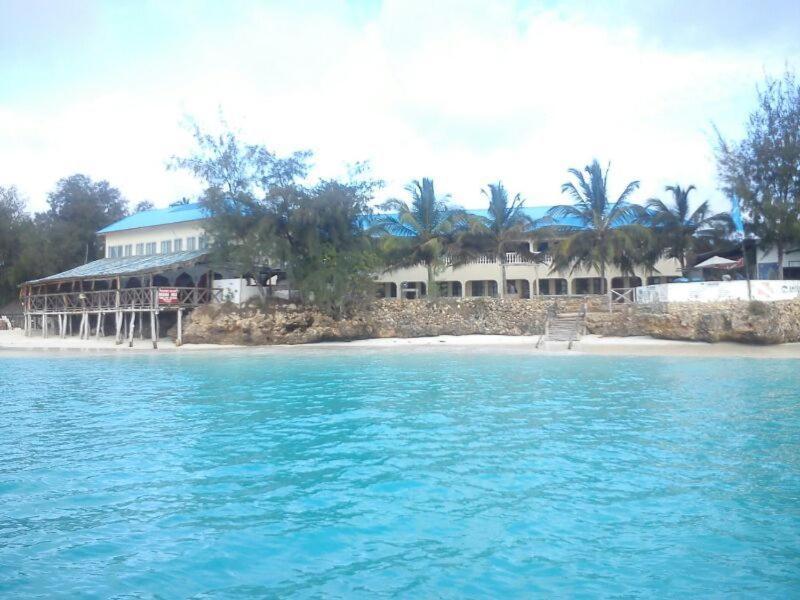 Бассейн в Paradise Beach Bungalows или поблизости