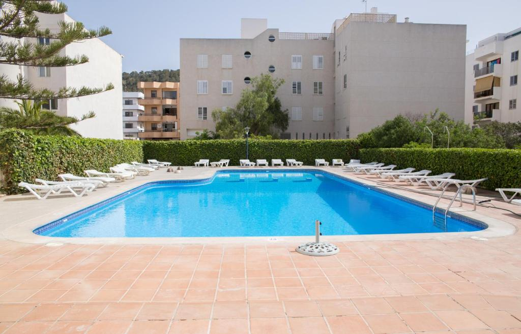 The swimming pool at or close to Hostal Sunset Ibiza