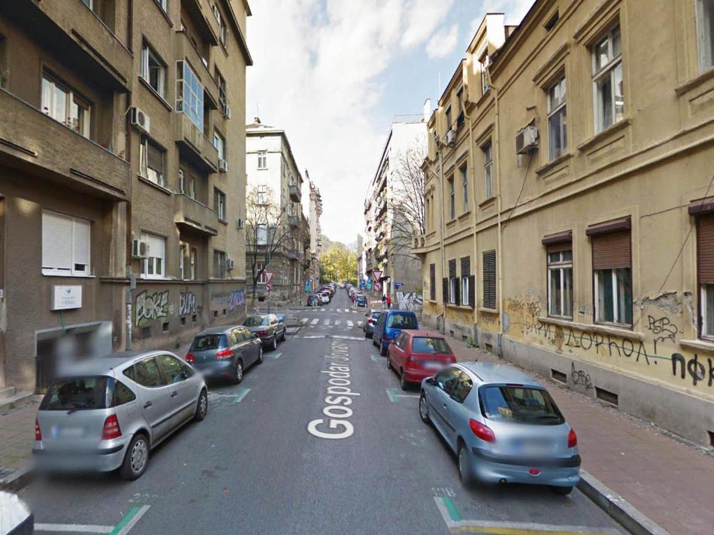 Basco Central Studio Orient