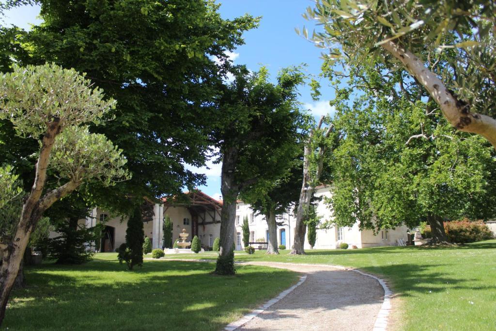 Um jardim em Domaine des Chais