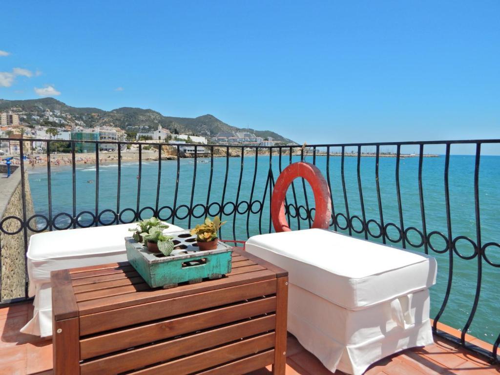 A balcony or terrace at Villa Balcón del Mar