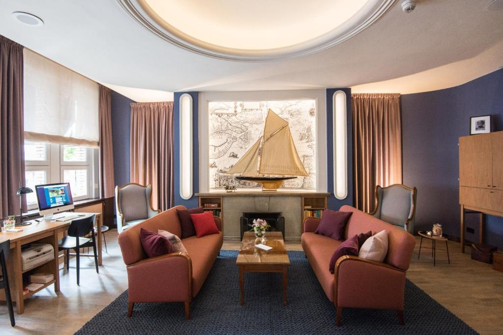 Ein Sitzbereich in der Unterkunft Hotel Stella Maris