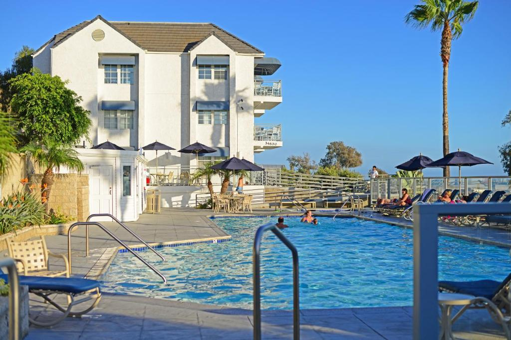 Riviera Beach Ss Resorts By