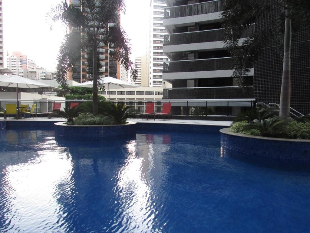 The swimming pool at or close to Apartamentos Landscape