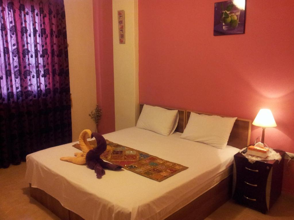 Un ou plusieurs lits dans un hébergement de l'établissement Jordan River Hotel