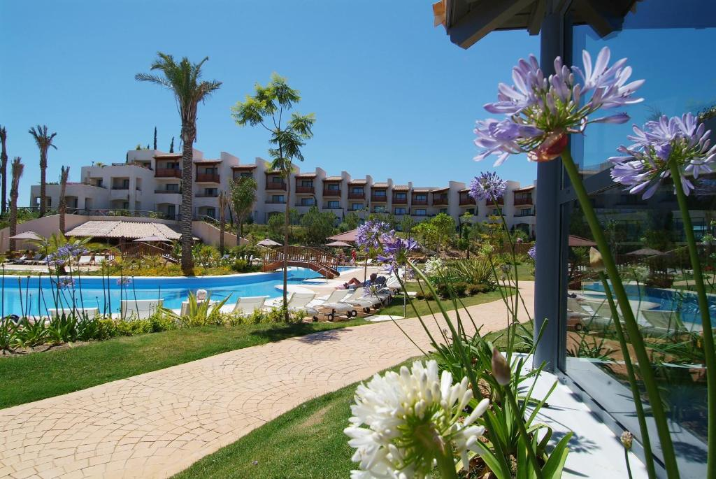 The swimming pool at or near Precise Resort El Rompido-The Club