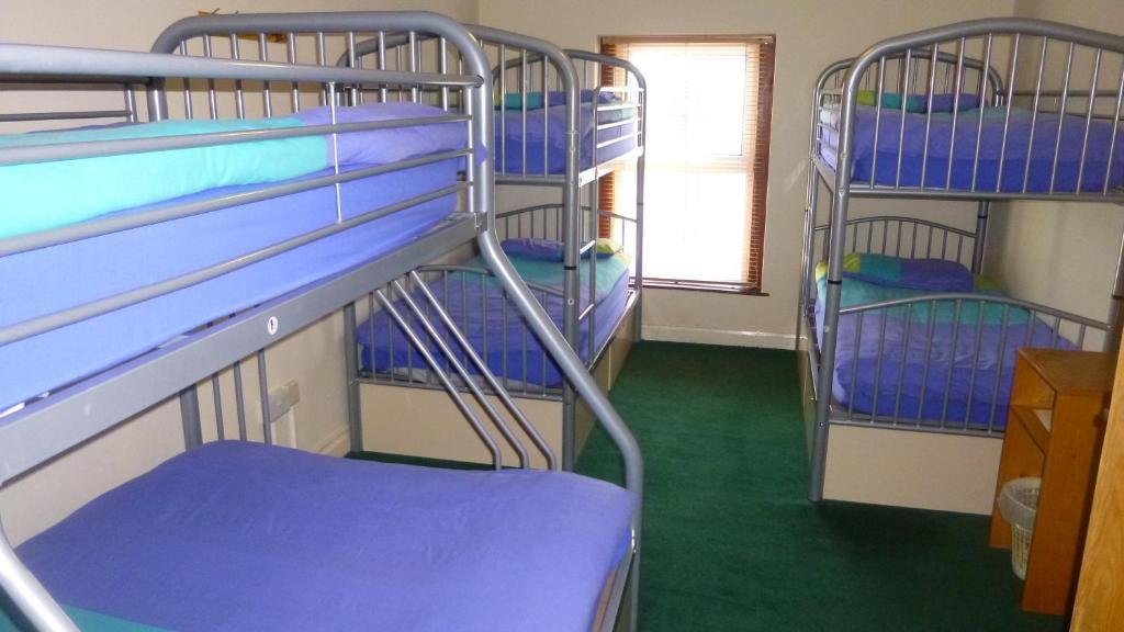Central Hostel, Milltown Malbay, Ireland - tonyshirley.co.uk