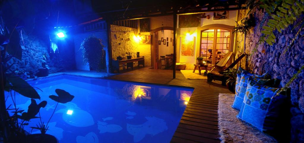 The swimming pool at or near Pousada Arte Urquijo
