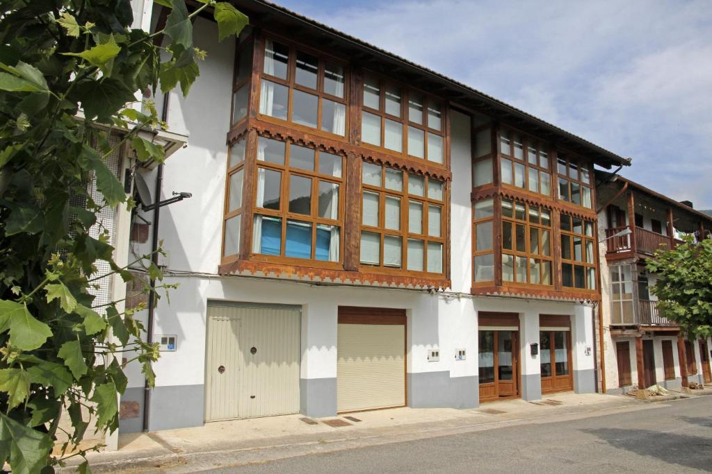 Apartamento Apts Irati Olaldea (Espanha Oroz-Betelu ...