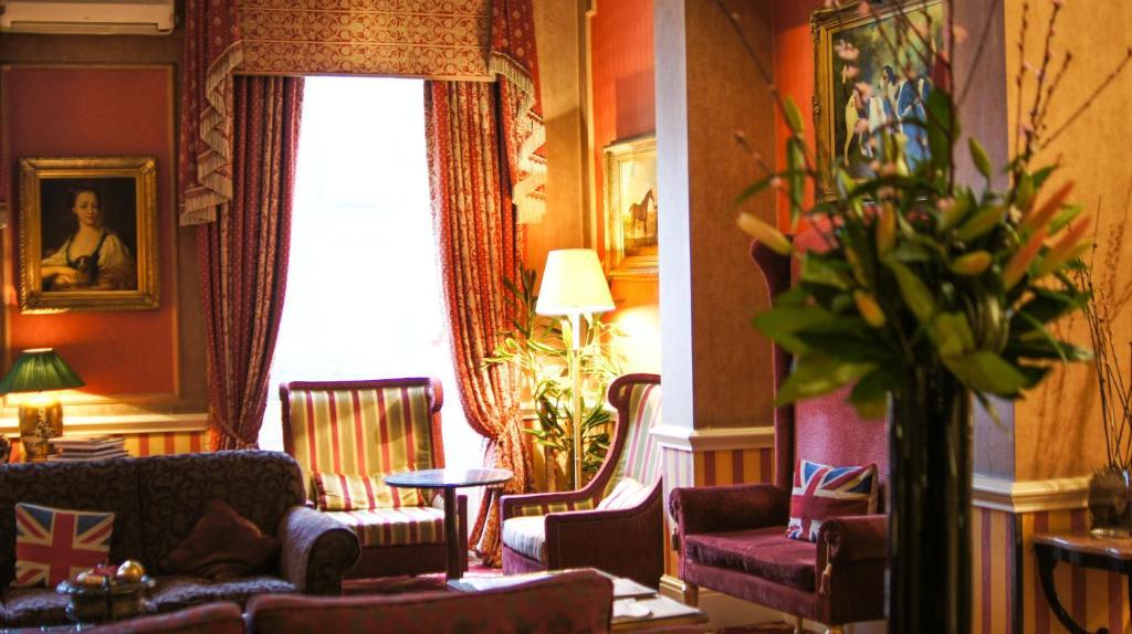 Area soggiorno di The Leonard Hotel
