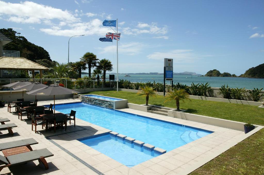 Kolam renang di atau dekat dengan Kingsgate Hotel Autolodge Paihia