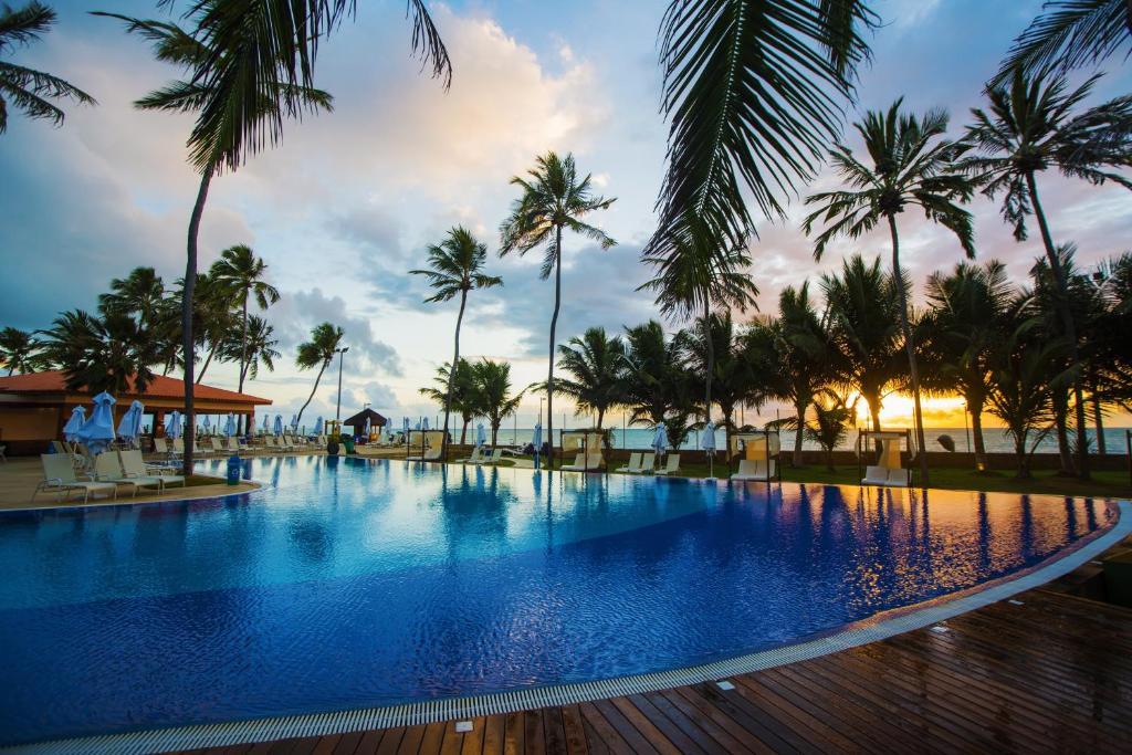 The swimming pool at or near Jatiuca Hotel & Resort