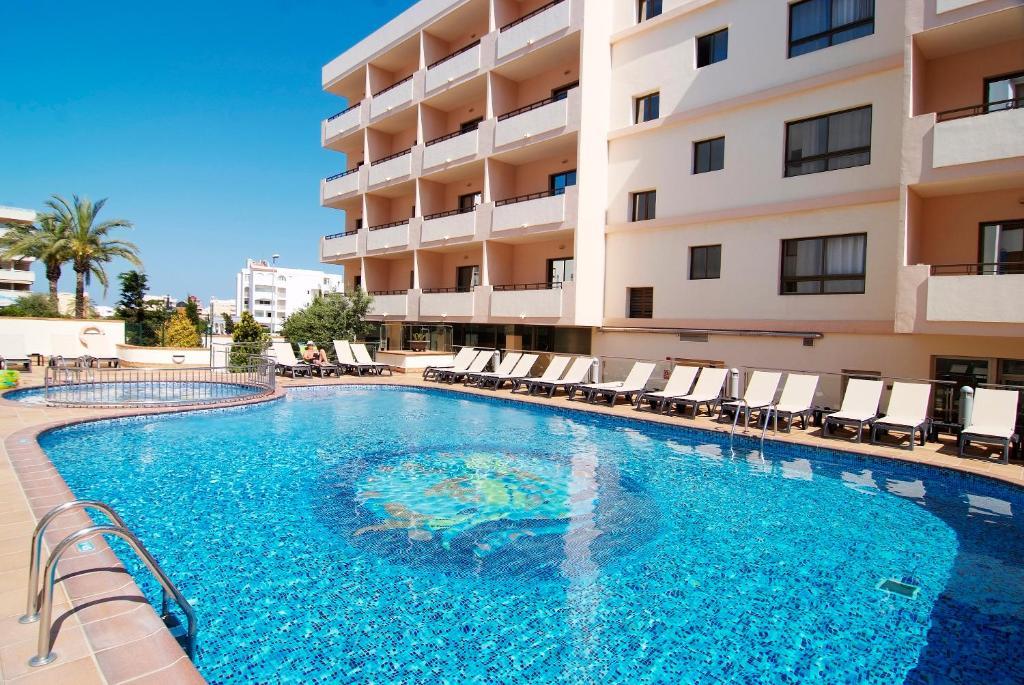 The swimming pool at or near Invisa Hotel La Cala