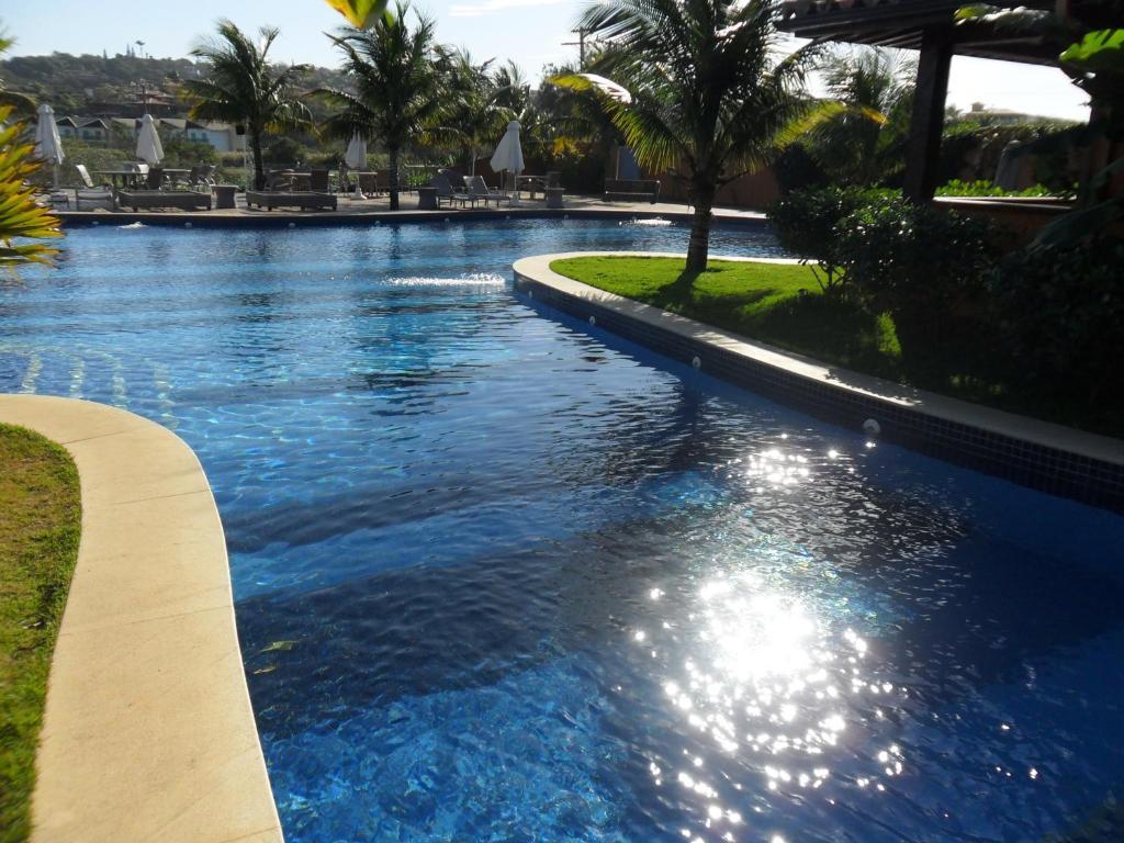 A piscina localizada em Hotel Ferradura Resort ou nos arredores