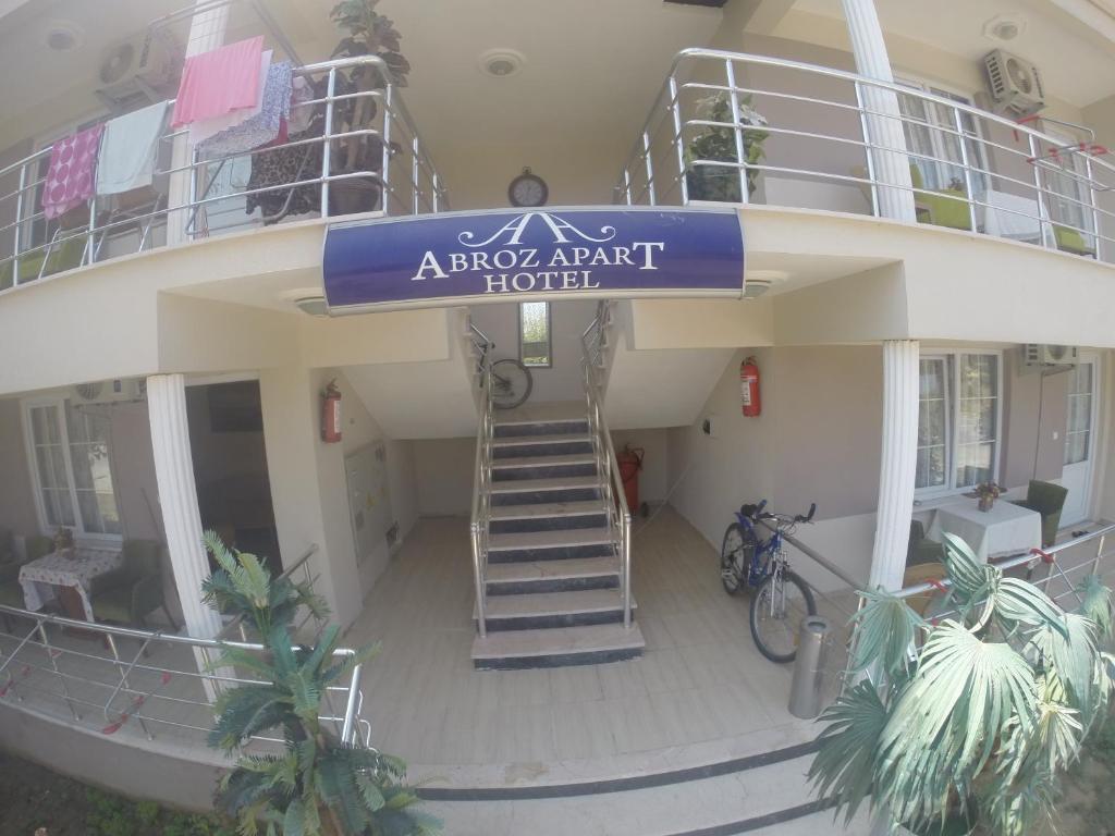 Abroz Apart Hotel