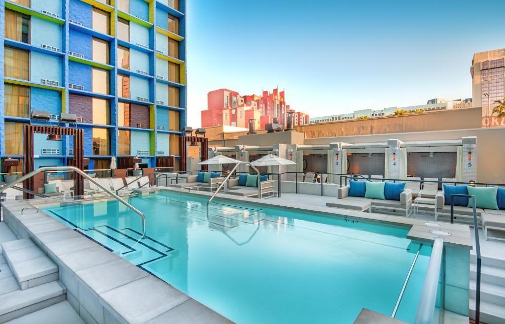 The LINQ Hotel and Casino, Las Vegas – Updated 2019 Prices
