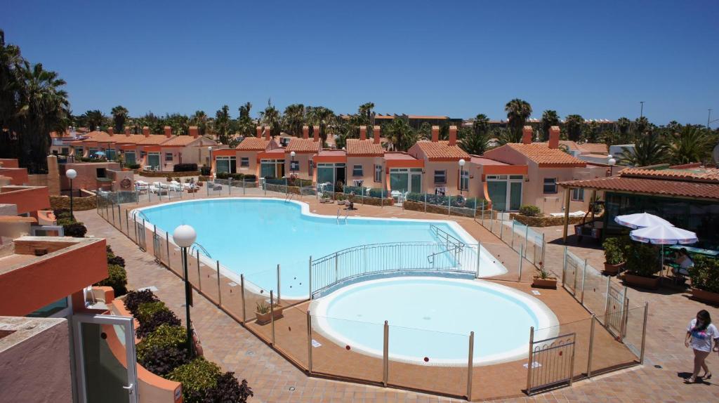 Vista de la piscina de Castillo Playa o alrededores