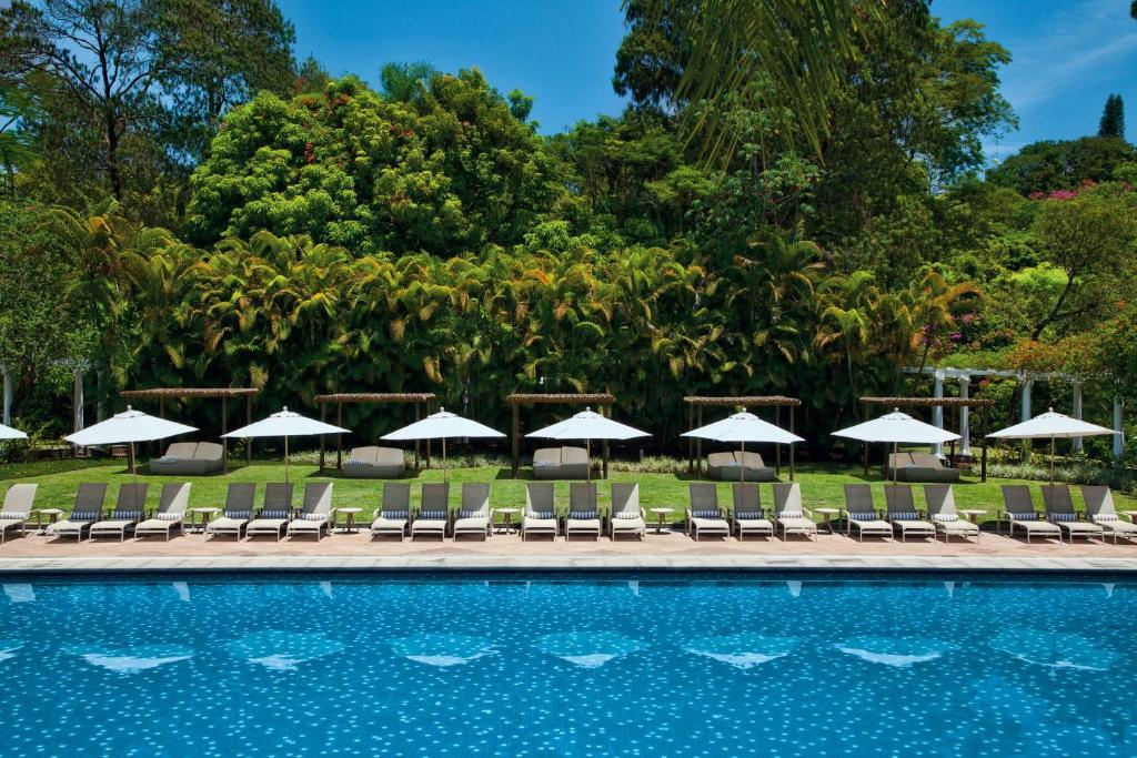 The swimming pool at or near Grande Hotel São Pedro
