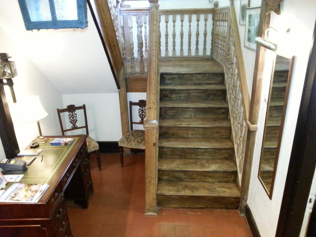 Durlock Lodge