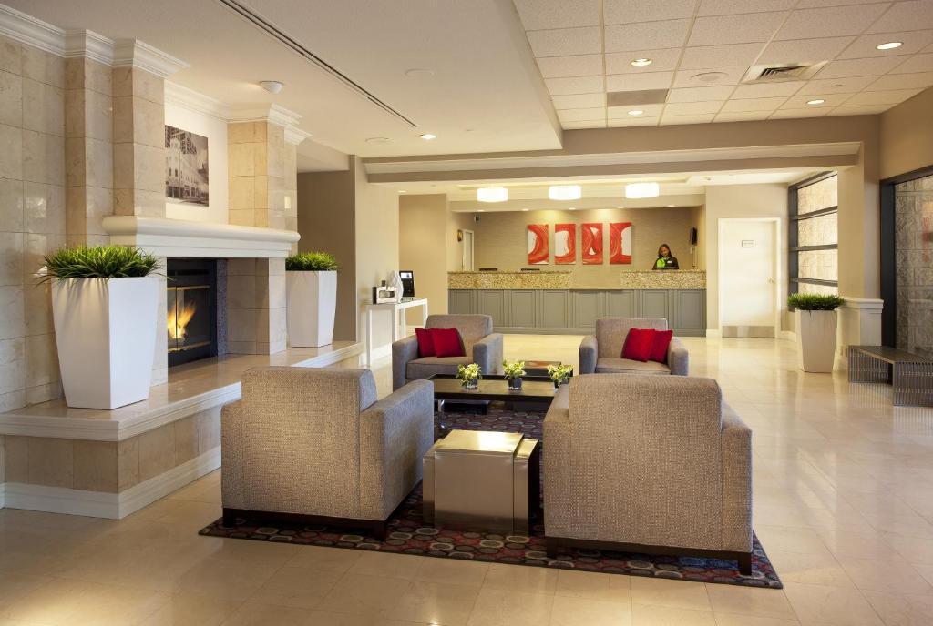 Radisson Hotel Phoenix Airport