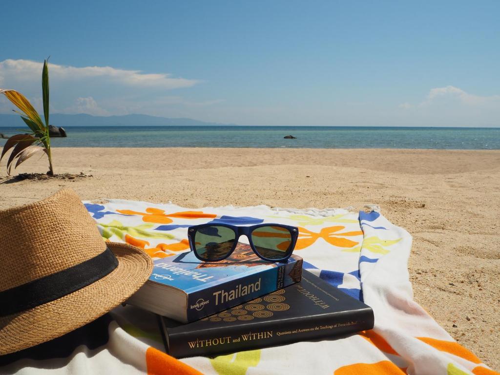 The Scenery Beach Resort Baan Khai