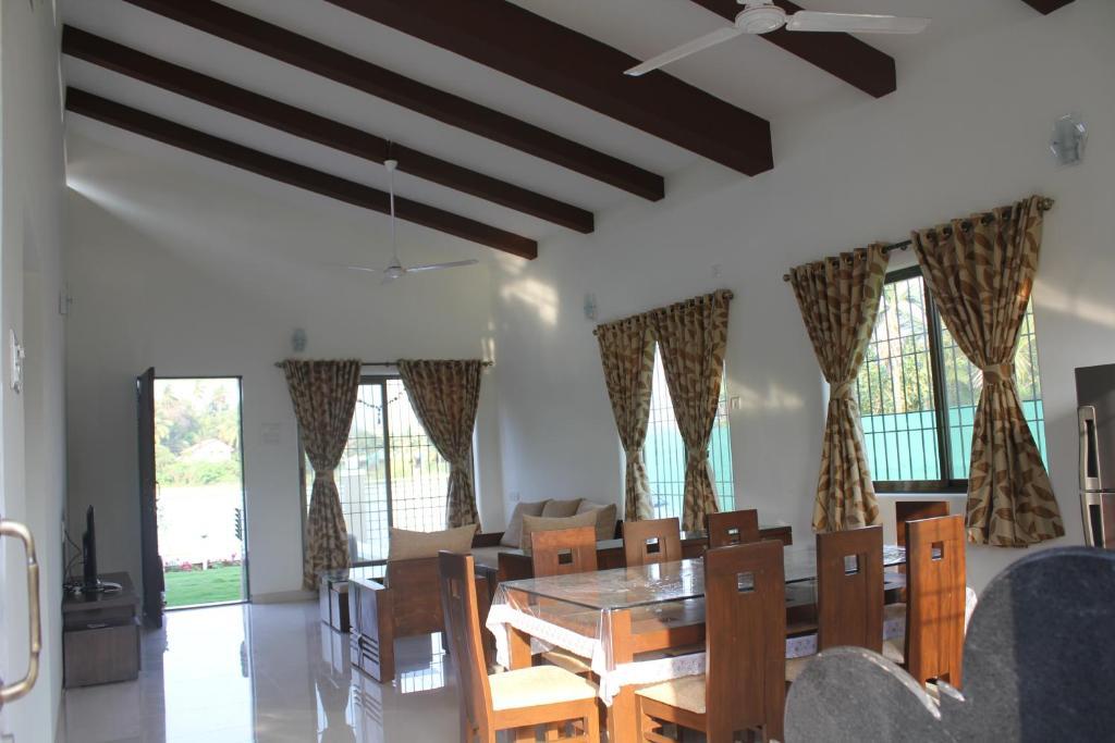 JenJon Holiday Homes - Nagaon, Alibaug
