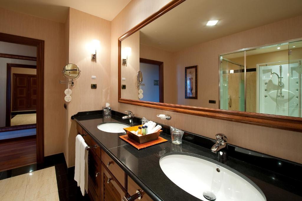Elba Estepona Gran Hotel Spa (España Estepona) - Booking.com